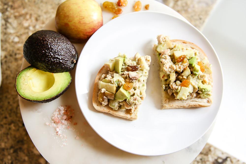 clean recipe apple and avocado salmon salad