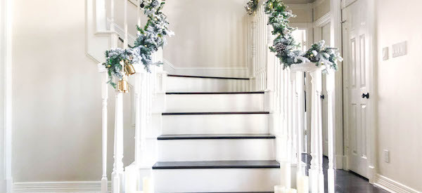 How to add garland to a staircase (without tape, glue, or nails)