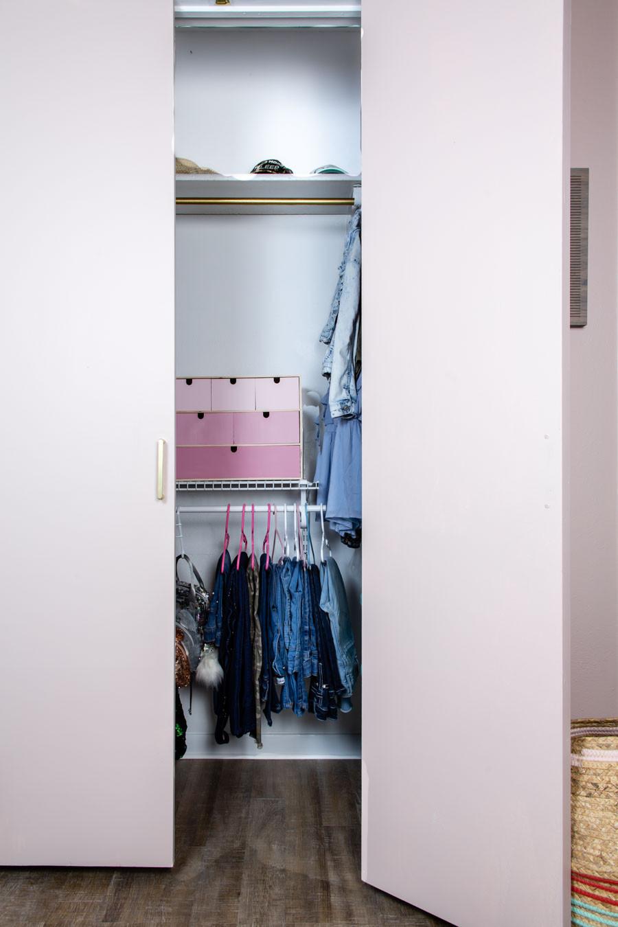 tween girl closet organization