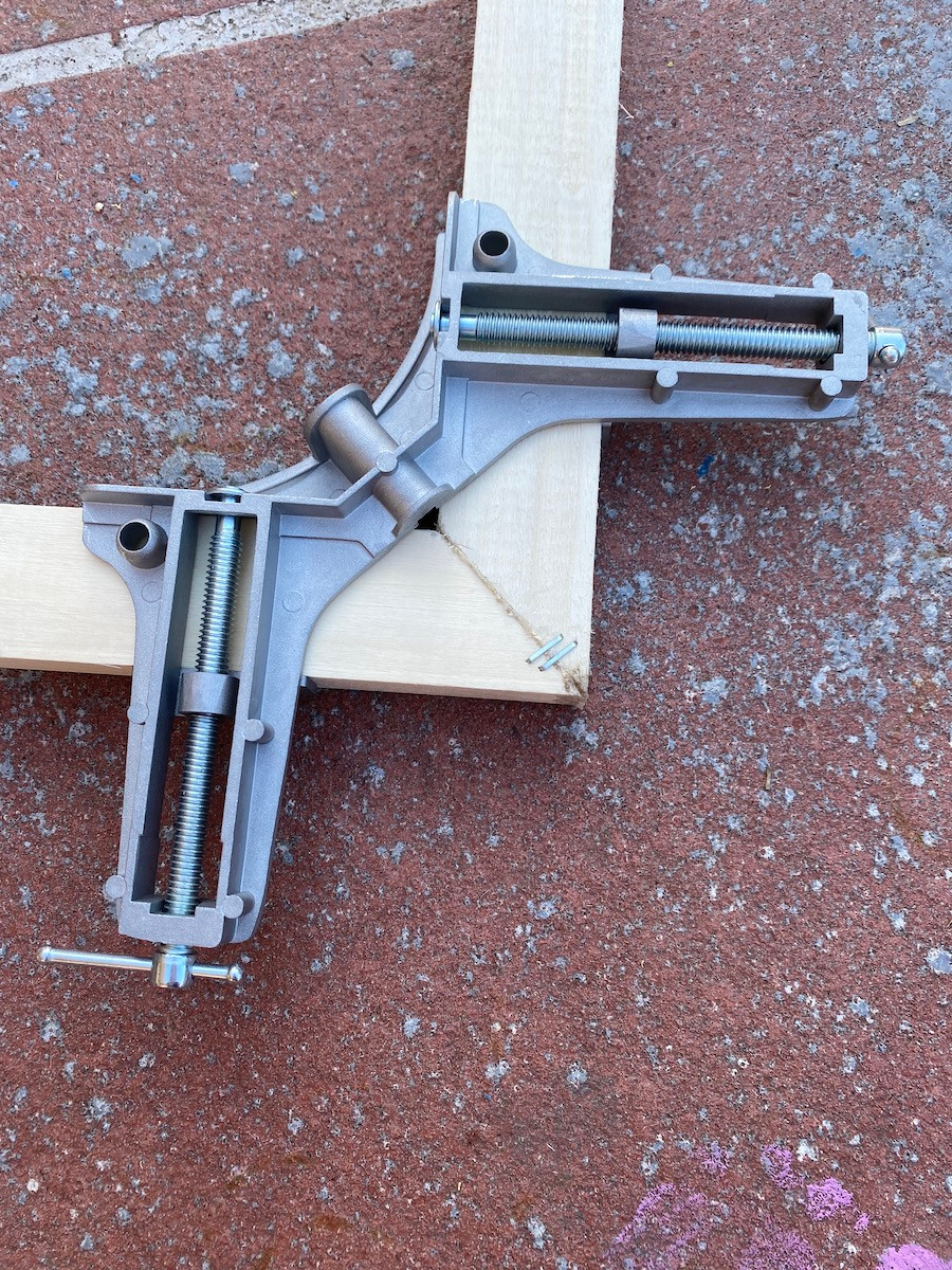 90 degree angle clamp used for building a frame