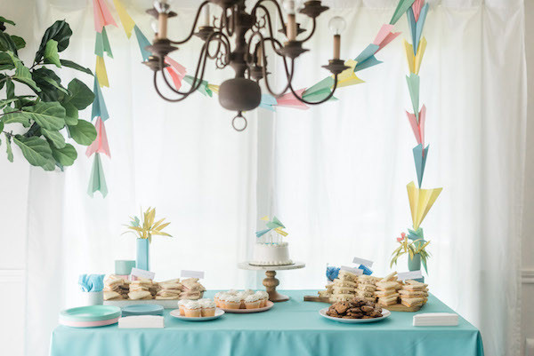 paper airplane kid party ideas- airplane dessert table