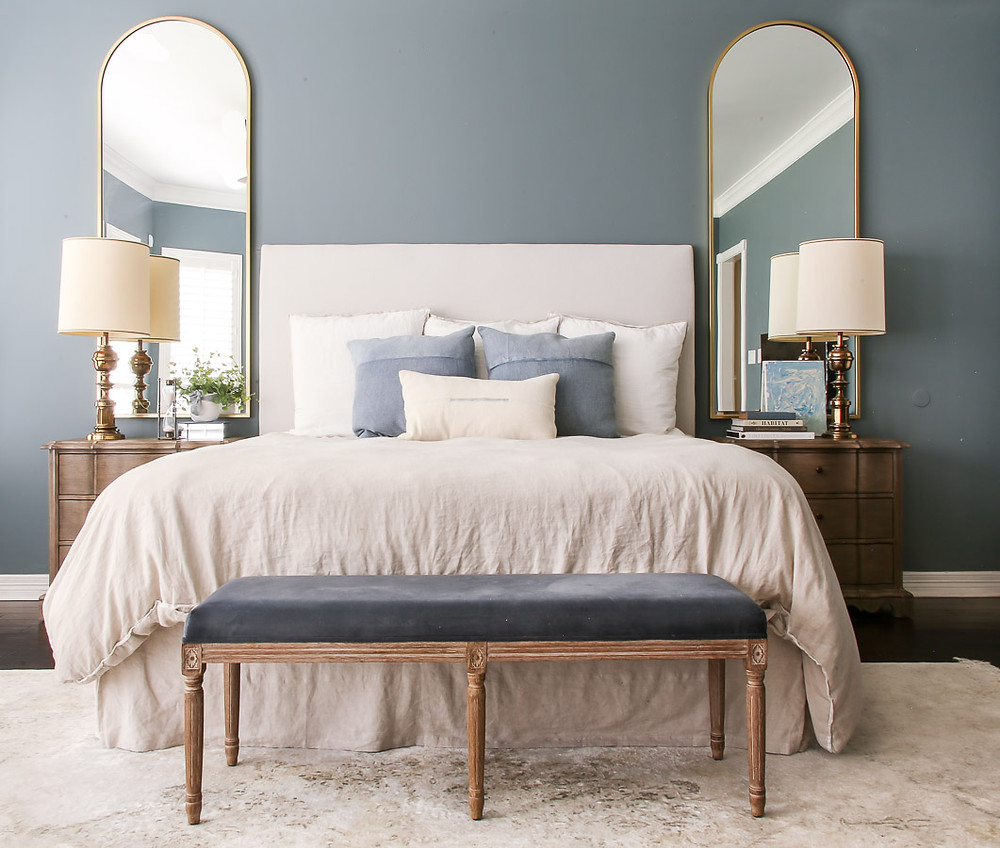blue bedroom inspiration, farrow and ball de nimes