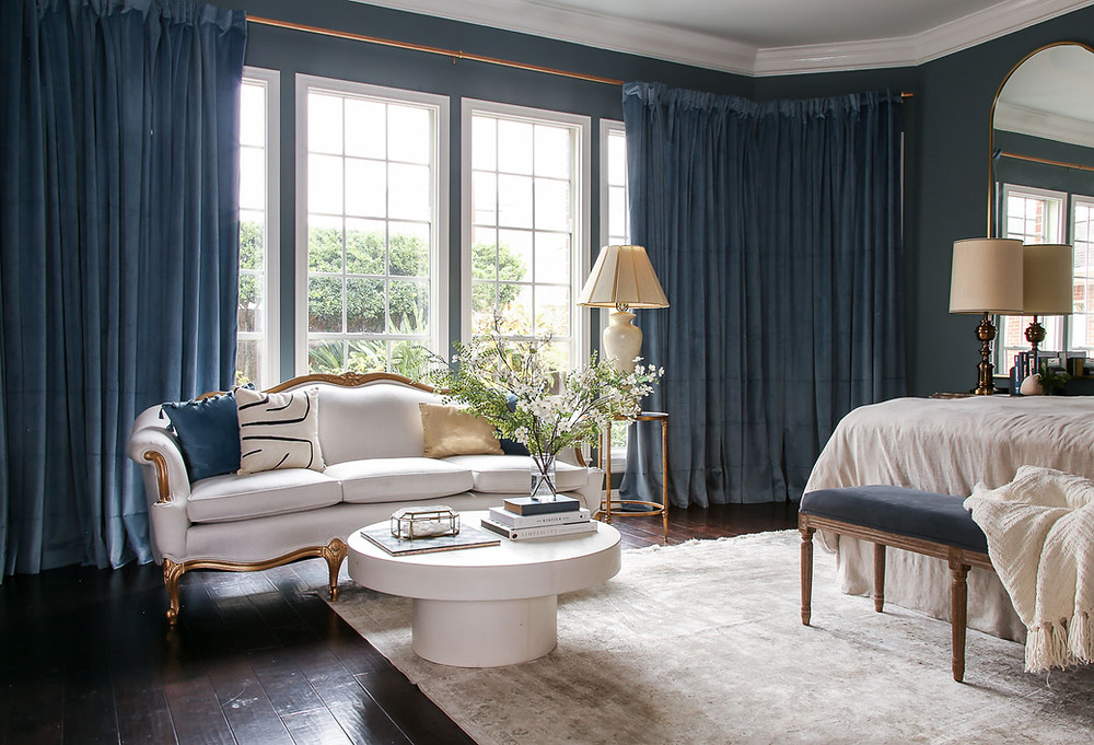 modern traditional grandmillenial bedroom inspiration, dusty blue room interior design, neutral bedroom, antique sofa