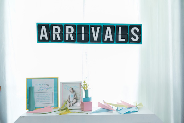 paper airplane kid party ideas- arrivals