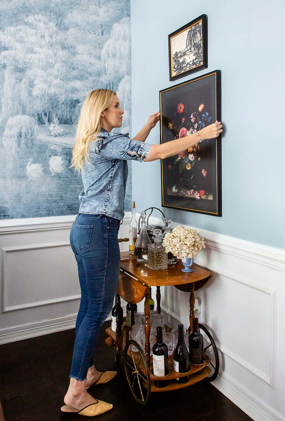 level frames floral art, blue wallpaper