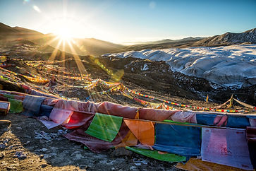 tibetan-flags.jpg