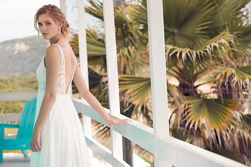 Rembo 'Hada' UK 12 Sample Sale Bridal Gown
