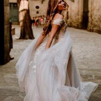 Alena Leena Ivy Bridal Gown