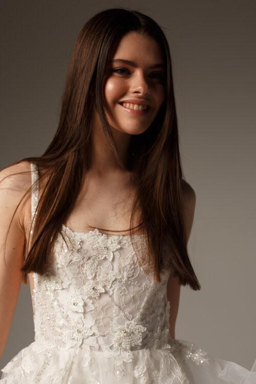 Alena Leena Pancy Bridal Gown