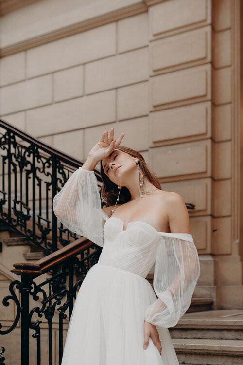 Alena Leena Armeria Bridal gown