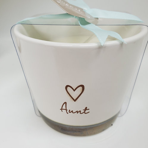 Aunt 8 oz - 100% Soy Wax Candle Scent: Tranquility
