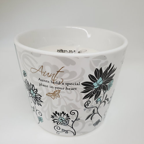 Aunt - 8 oz Soy Wax Candle Scent: Tranquility