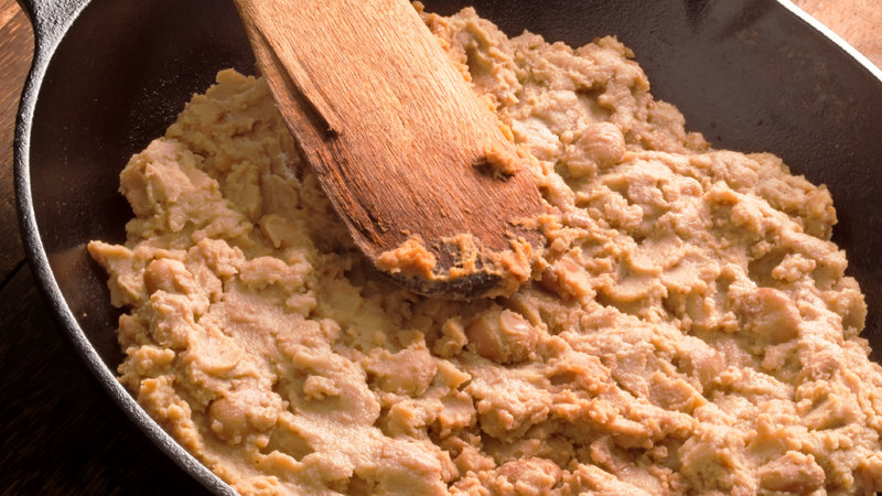 Refried Pinto Beans (Canned)  2.5k