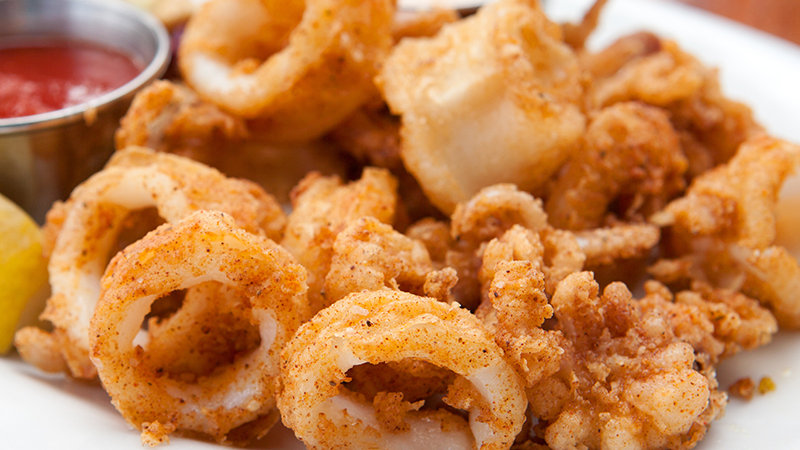 Calamari with Tentacles Lightly Dusted - IQF Frozen x 1kg