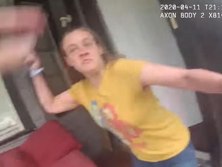 Optagelser viser, hvorfor politiet skyder mistænkte kun bevæbnet med knive