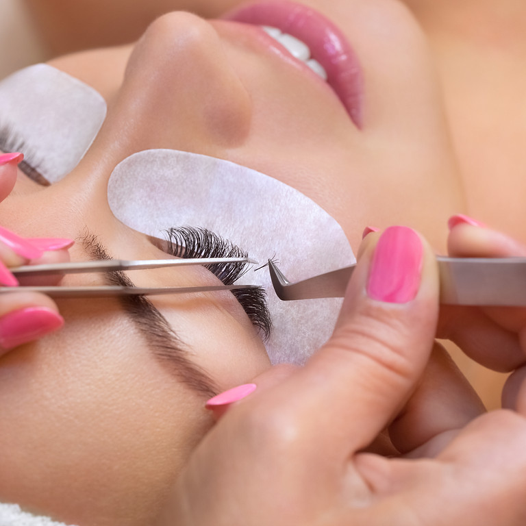 Eyelash extension training Info session