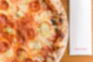 pizza salamino piccante e gorgonzola cut&crust