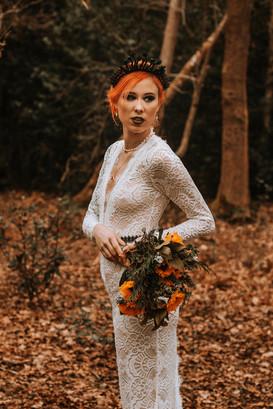Bodice base strasnparent lace wedding dress