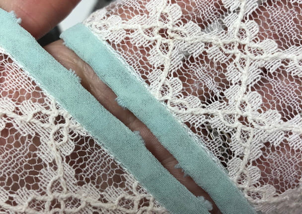 Vintage lace dropped shoulder straps / sleeves step by step