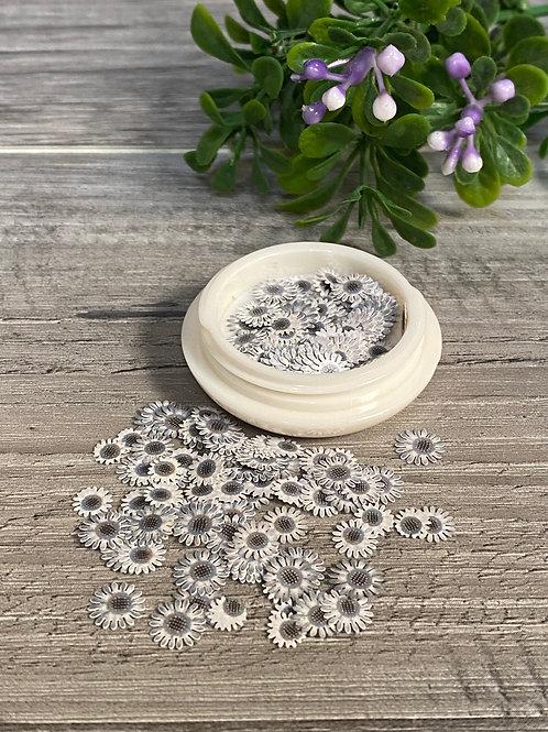 Encapsulated Gray Flowers (100 pcs)