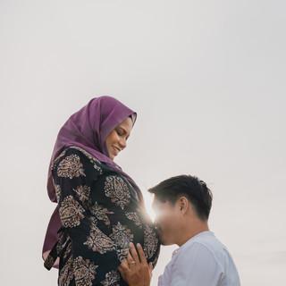 Hafiz Maternity Shoot-22.jpg
