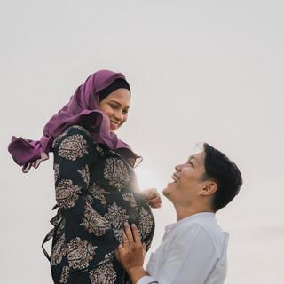 Hafiz Maternity Shoot-23.jpg