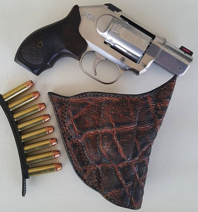 Home | Palmetto Leather Works Gun Holsters and Gear West