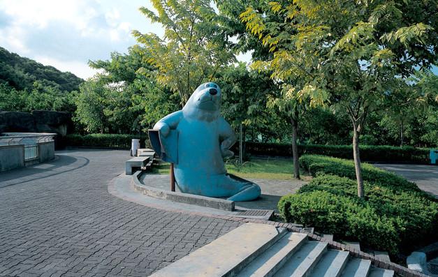 """12_<真假之間>動物系列之12  台北.市立動物園,1994。  20""""×24"""""""