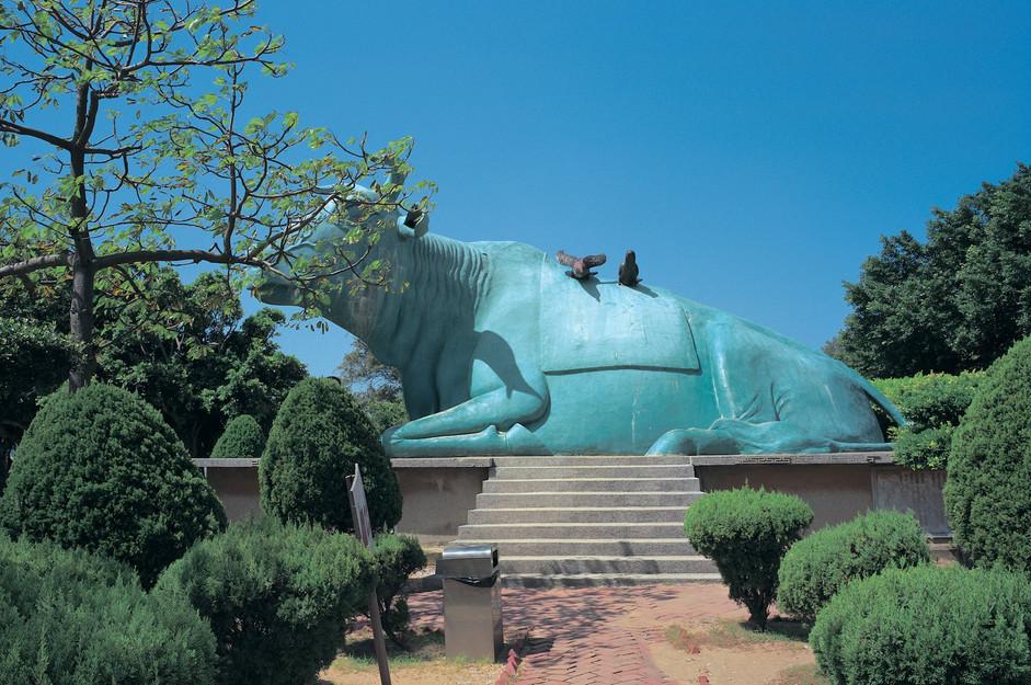 """09_<真假之間>動物系列之9  苖栗.通霄秋茂園,2001。  20""""×24"""""""