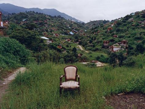 有關游本寬的「法國椅子在台灣」系列的觀看