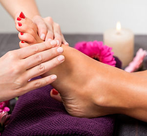 Relaxing Foot reflexology and foot massage