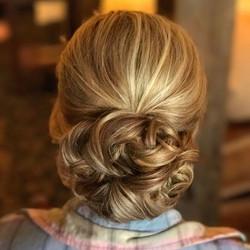 Yes😍👰🏼 #weddinghair #updo #bride #bridehair #softupdo #blondeupdo #seacoastweddings #lakesregionw