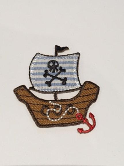 #132 pirate Ship