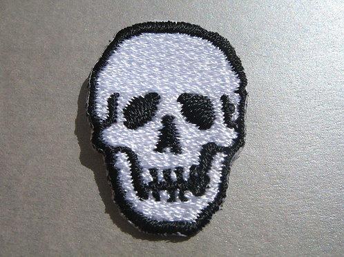 #166 Skull - Small