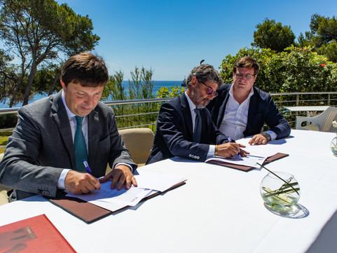 Nyesa y Grupo Roxa firman acuerdo para la apertura de dos nuevos hoteles en Moscú y Costa Rica