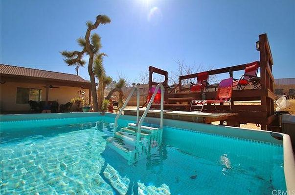 pool paradise.jpg