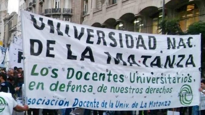 PROVOCACIÓN Y DESPRECIO HACIA LA UNIVERSIDAD PÚBLICA: