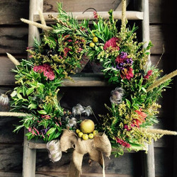 Oakenham Wreath