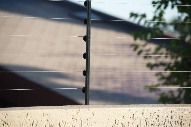 cerca-eltrica-bigstock-large-768x513-1af77730.jpg