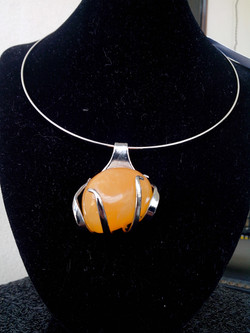 Calcite Orange 28grs
