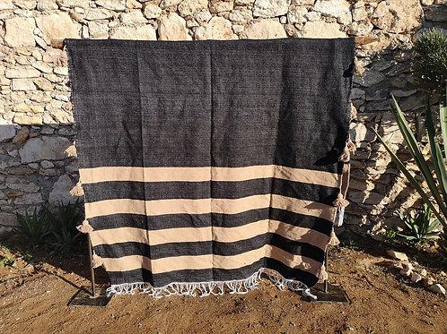 KACHA - Plaid à pompons - Noir et Sable