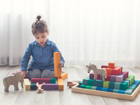 Four skills your child develops when playing with building blocks