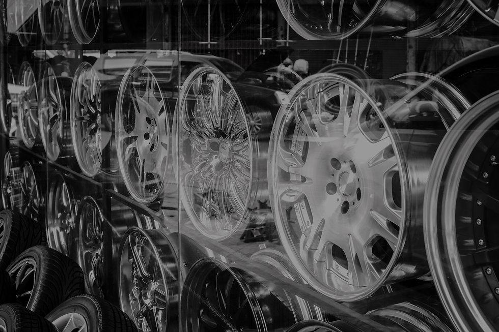 car-alloy-wheel-PR4BYTK_edited_edited.jp