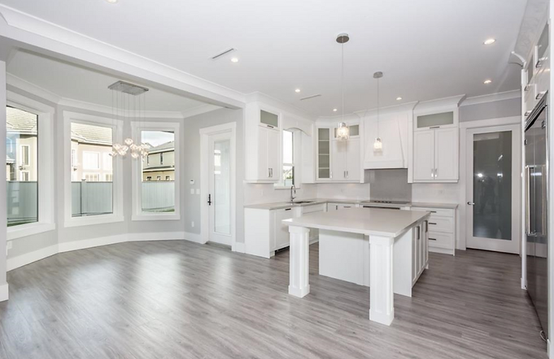 Holts Custom Homes - Vancouver, BC