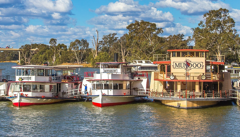 Mildura Paddle steamers reunion July 2017 10_edited_edited.jpg