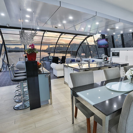 Boatel-Luxury-Dining.jpg