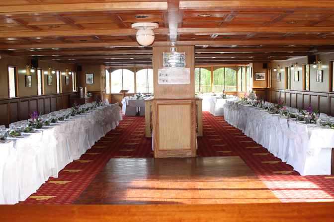 Mundoo Wedding Bow to Stern dining room