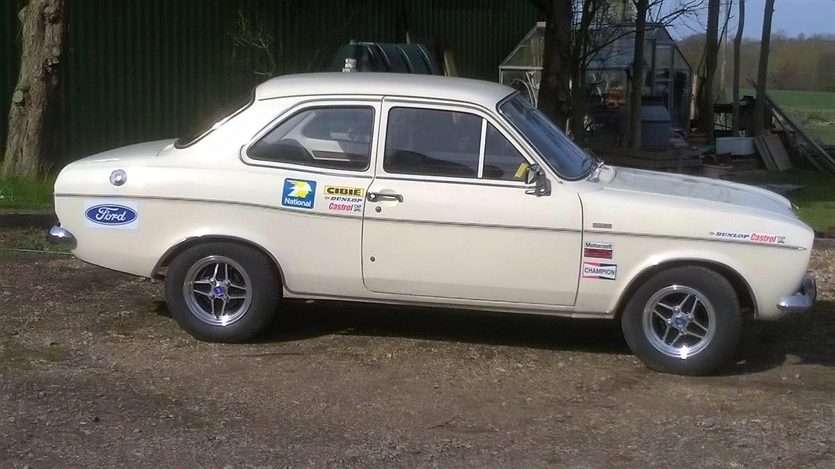 Escort rally look.jpg