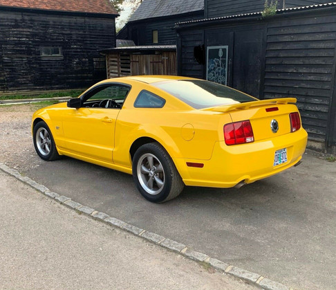 2005 Mustang Yellow