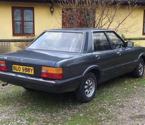 Cortina mk5 rear.JPG